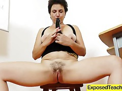 Madam teacher masturbating tubes