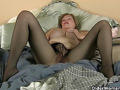 My favorite pantyhosed gilfs tubes