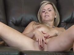 Classy nude mature plays with her lovely pussy tubes