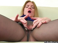 It is black tights and no knickers day for uk mum jessica tubes