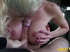 Blonde stunner fucked in the butt in his car tubes