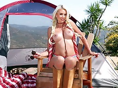 Camping hottie gigi allens is a perfect blonde tubes