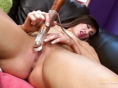 Pink lipstick girl pleasures her pussy with a toy tubes
