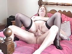 Curvy lady with a shaved pussy rides his fat rod tubes
