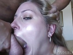 Eating cunt in a hotel room drives her wild tubes
