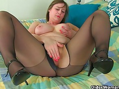 British milf tori loves her easy access pantyhose tubes