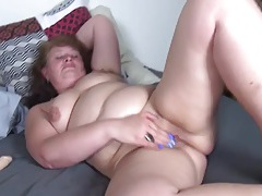 Lubed mature snatch pleasured by a dildo tubes
