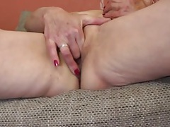 Sexy old lady arouses her wet pussy tubes