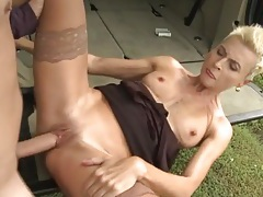 Milf takes a big dick balls deep outdoors tubes