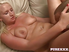 Curvy moaner hammered in her lovely pussy tubes