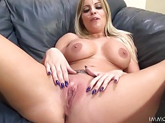 Britney amber rides the sybian and sucks cock tubes