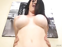 Shaved snatch of a big breasted milf takes dick tubes