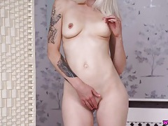 Skinny solo chick plays with her pussy and talks naughty tubes
