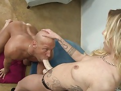 Blonde fucks his mouth and ass with a strapon tubes